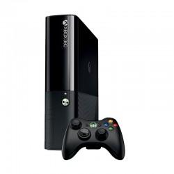 Xbox 360 4GB Console + 1 Controller
